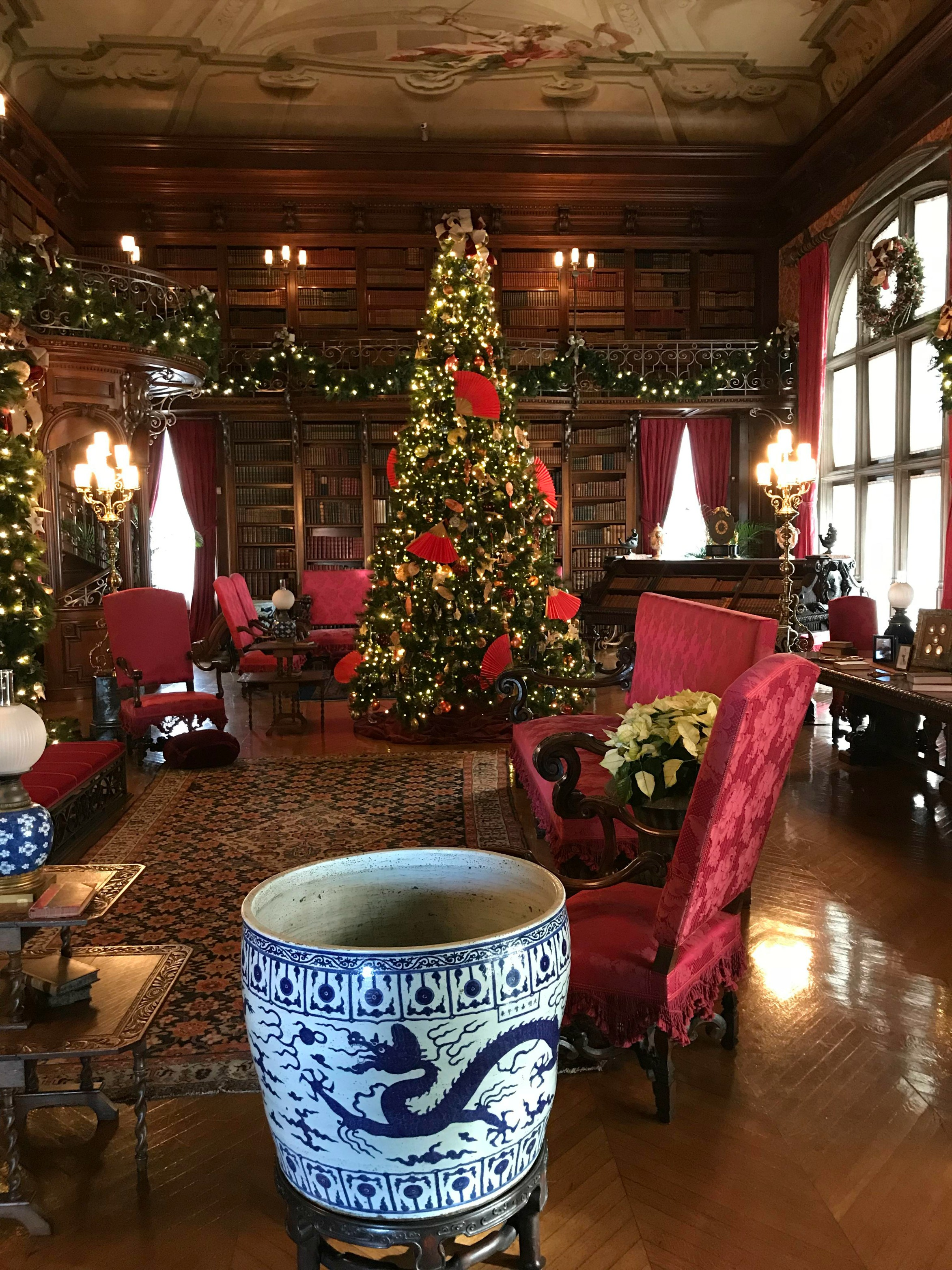 Day Trip: Christmas at Biltmore Estate - Busy Lifestyle Gal